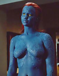 Jennifer Lawrence sexy bikini...