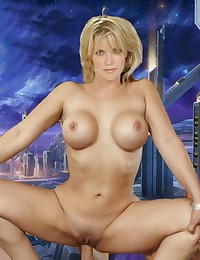 Amanda Tapping is defenetly the hottest milf of