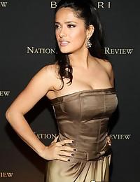 Voluptuous latinas Salma Hayek and Carmen Electra hot pics