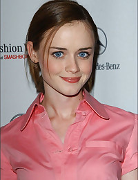 Cute actress Alexis Bledel shows off her skin in her sexy outfits