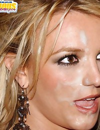 Britney Spears is a naughty girl and microphone is not the only thing she loves to working with her mouth...