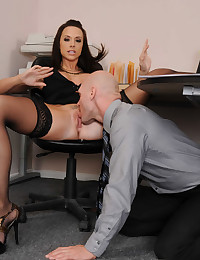 Slutty Officemate Gets Nailed In The Office