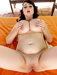 Mouth Watering BBW Is Hot!