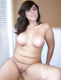 Big tits on curvy brunette