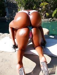 Big shiny asses on black girl...