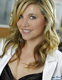 How about some SexEd lessons with Sarah Chalke? She will show you all female things in real!