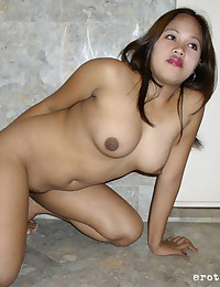 Curvy Asian and her shaved pussy