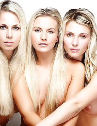 Three erotic naked blondes po...