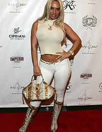 Collection of Coco Austin panty cameltoes