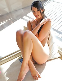 Gorgeous Tiffany shows her attributes.