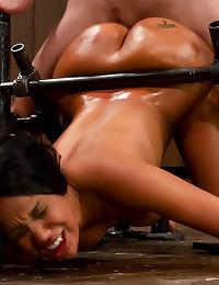 Black girl does sexy bondage