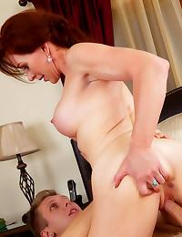 Deepthroat sex images and porn photos
