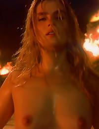 Emmanuelle Seigner nude sexy ...