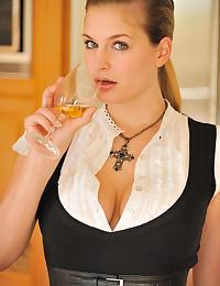 Seductive Blond Mistress Danielle