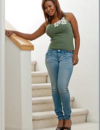 Black mom has big boobs