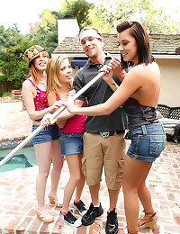 Young Paper and her friends e...