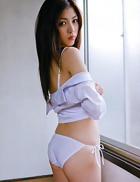 Japanese model solo mixed poses