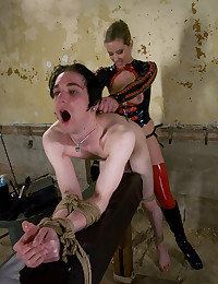Gorgeous Mistress Slave Train...