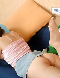 Cute Brunette Teen Spreads Moist Pussy