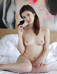 Margo puts her alluring naked body in proud exhibition.