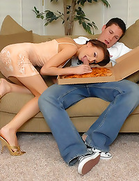 Pizza guy fucks super hottie