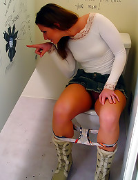 Tight top on gloryhole cocksucker