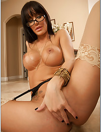 Sultry Vixen Gia In Seductive Lingerie