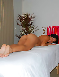 Massage for her sexy pussy