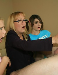 Mom and Teens gets big huge c...