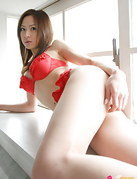 Kazumi Yukiya will make your day with this All Gravure gallery.