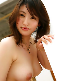 Tease of her hairy Japanese b...