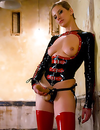 Dominant babe in full latex