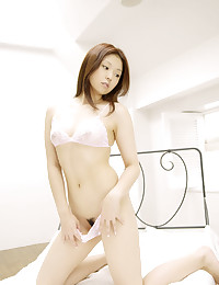 Pretty Jap Babe Milky White Naked