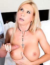 Great big tits on slut