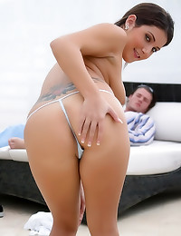 Teen blowing for a load