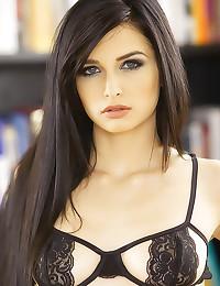 Beyond beautiful girl hardcor...