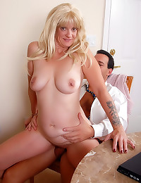 Mature loves that hard cock