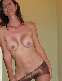 Picture collection os sexy MILFs posing for their husbands