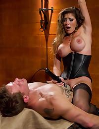 Dominant gal demands pleasure