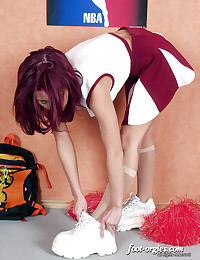 Slender Cheerleader Flaunts H...