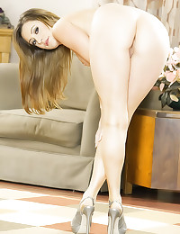 Hubby watches her go black