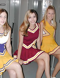 Two cheerleader hotties makin...