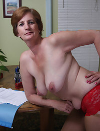 The old babe from ATK Natural and Hairy has a big ass and a hairy pussy.