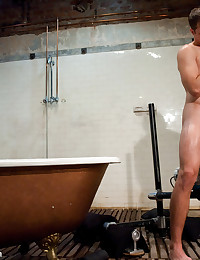 Krist Cummings gets fucked with fucking machines in the shower.