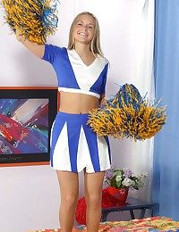Heather Lightspeed - Lovely cheerleader teases with her tight sporty bum
