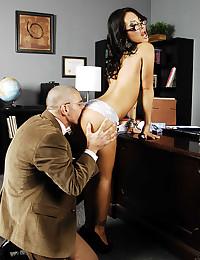 Oriental Vixen Asa Akira Loves Dick