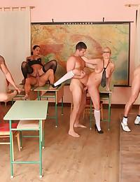 An Orgy In Lisa Sparkle's Class