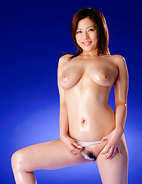 Oiled up Japanese body