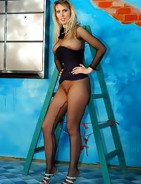 Full fishnet body stocking to...