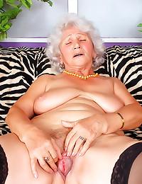 Horny granny fingers hairy ho...